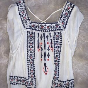 Flowy patterned white top